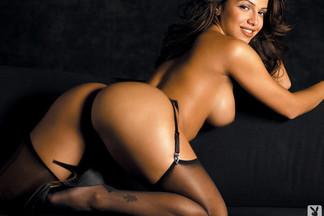 Vida Guerra nude photos