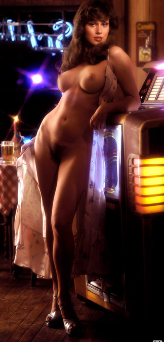 Patti McGuire naked photos
