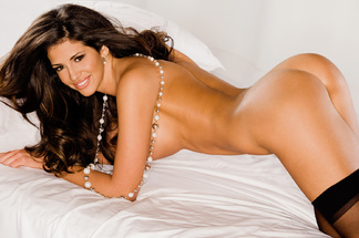 Hope Dworaczyk sexy pictures