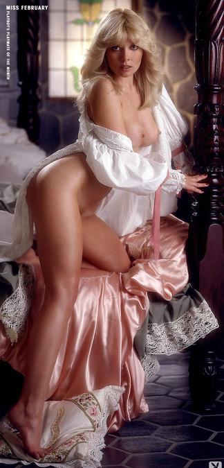 Janis Schmitt nude pics