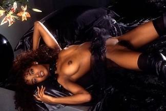 Stephanie Adams naked pics