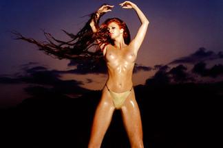 Angie Everhart beautiful pics