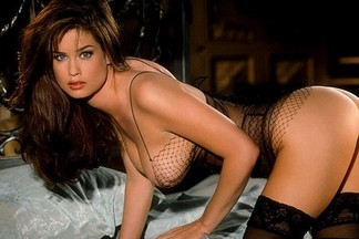 Carrie Stevens hot pictures
