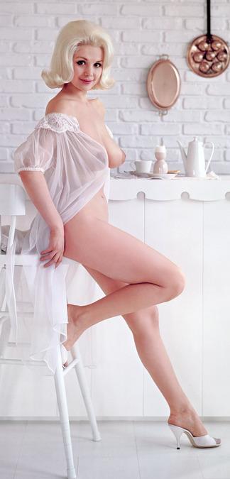 Jan Roberts nude pics