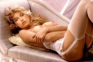 Marianne Gravatte hot pictures