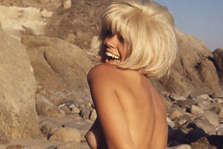 Priscilla Wright naked photos