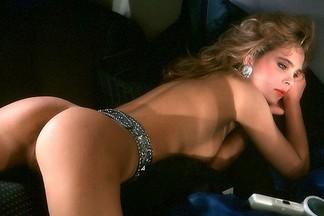 Carmen Berg nude pictures