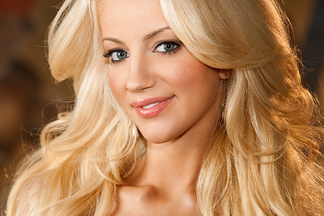 Nicolette Shea beautiful pictures