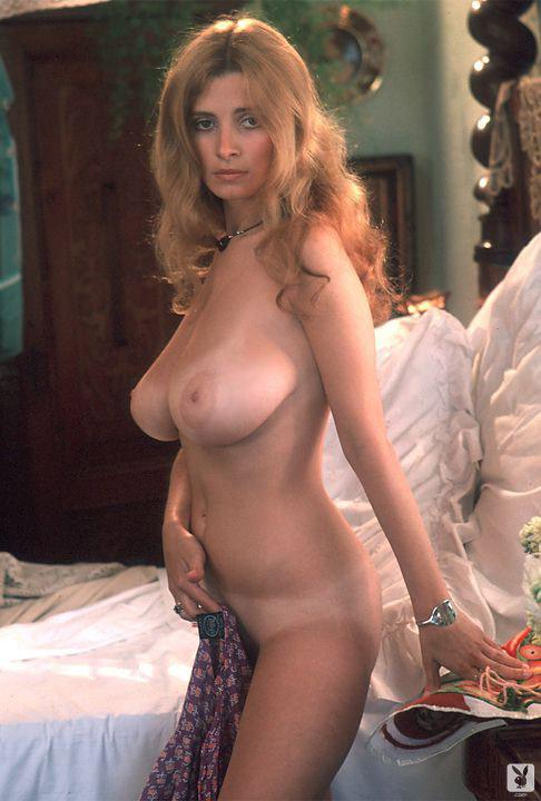 sarah-lupo-nude