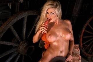 Neriah Davis nude photos