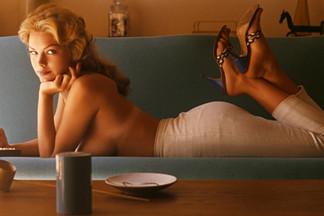 Ellen Stratton hot photos