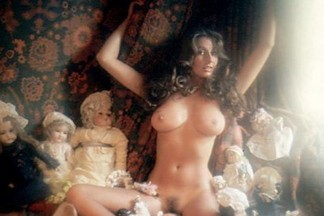 Marilyn Cole nude pictures