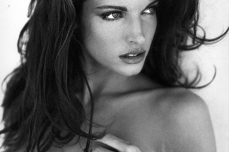 Stephanie Seymour naked pictures