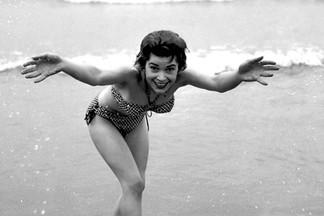 Barbara Cameron naked pics