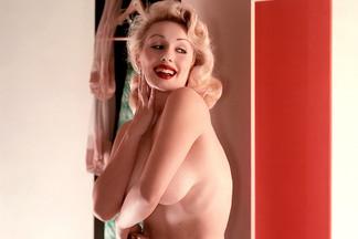 Gloria Windsor sexy pics