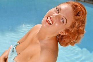 Lynn Turner hot pics