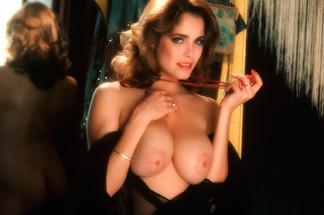 Charlotte Kemp nude photos