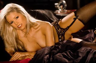 Nicole Whitehead nude pics