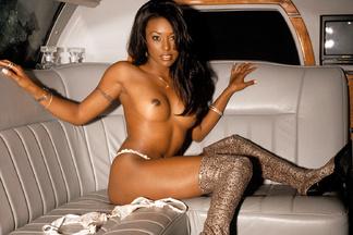 Nicole Narain sexy photos