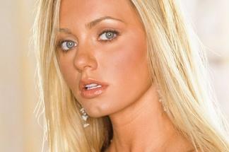 Cassandra Lynn hot pictures