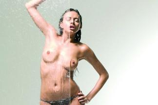 Francesca Lukasik nude pics
