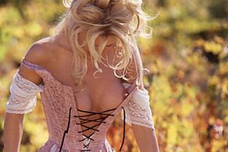 Brande Nicole Roderick nude photos
