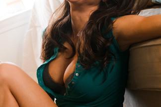 Mandy Flores nude pics