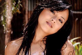 Phuong Ly sexy photos