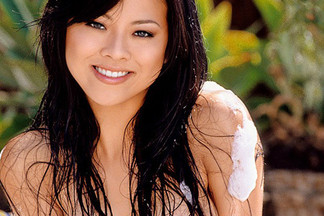 Phuong Ly hot pictures