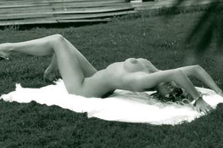 Rachel Hunter hot pictures