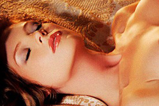 Heidi Rhodes hot pics