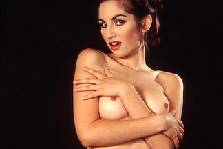 Alissa White sexy pictures