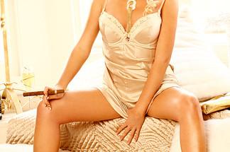 Victoria Taylor naked pics