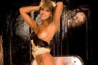Julie Anne Clarke sexy photos