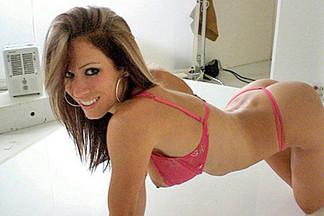Stephanie Eve, Alexis Tyler sexy pics
