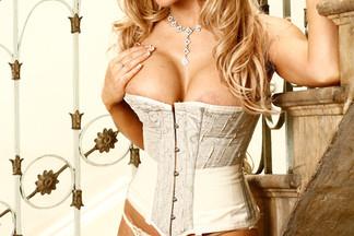 Lisa Marie Bourke naked photos