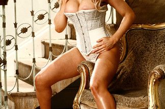 Lisa Marie Bourke hot pictures