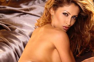 Moet Meira naked pics