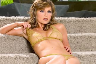 Deanna Brooks sexy photos