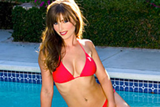 Deanna Brooks hot pictures