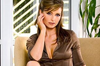 Deanna Brooks sexy pics
