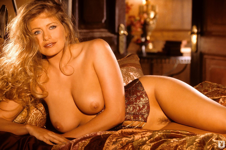 Has Playmate lisa dergan nude that