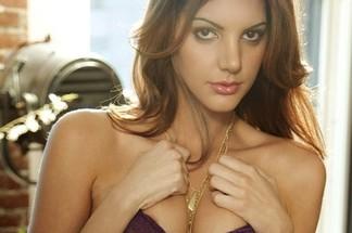Adrianna Adams sexy photos