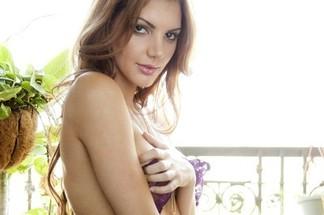 Adrianna Adams hot pictures