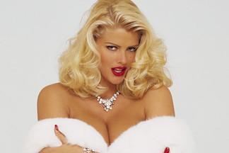 Anna Nicole Smith nude pics