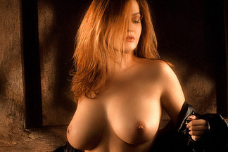 Sonia Vassileva sexy pics