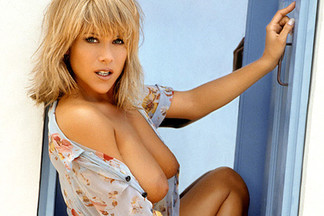 Samantha Fox sexy photos