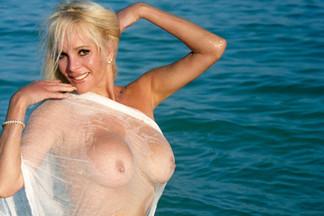 Carol Vitale nude pics