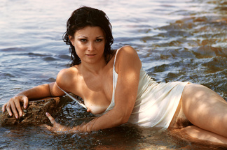 Carol Vitale, Ruthy Ross, Gwen Wong nude photos