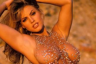 Sandra Taylor sexy pics